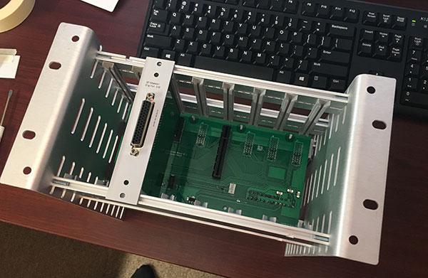 Modular DAQ card rack